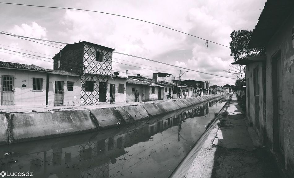 📷 Favela Recife Moments Urbanexplorer Reflection Urban Urban Geometry Architecture