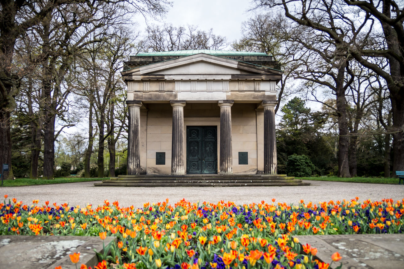 Architecture Beauty In Nature Blooming Blossom Flower Mausoleum Multi Colored Nature No People Outdoors Tree