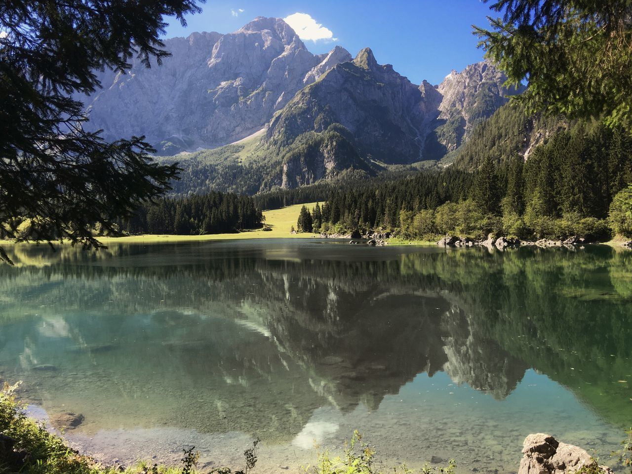 Fusine lake / tarvisio - udine - italy Lake Lakeview Beatiful Nature Green Nature Green Mountain Mountain View Mountains Light And Reflection