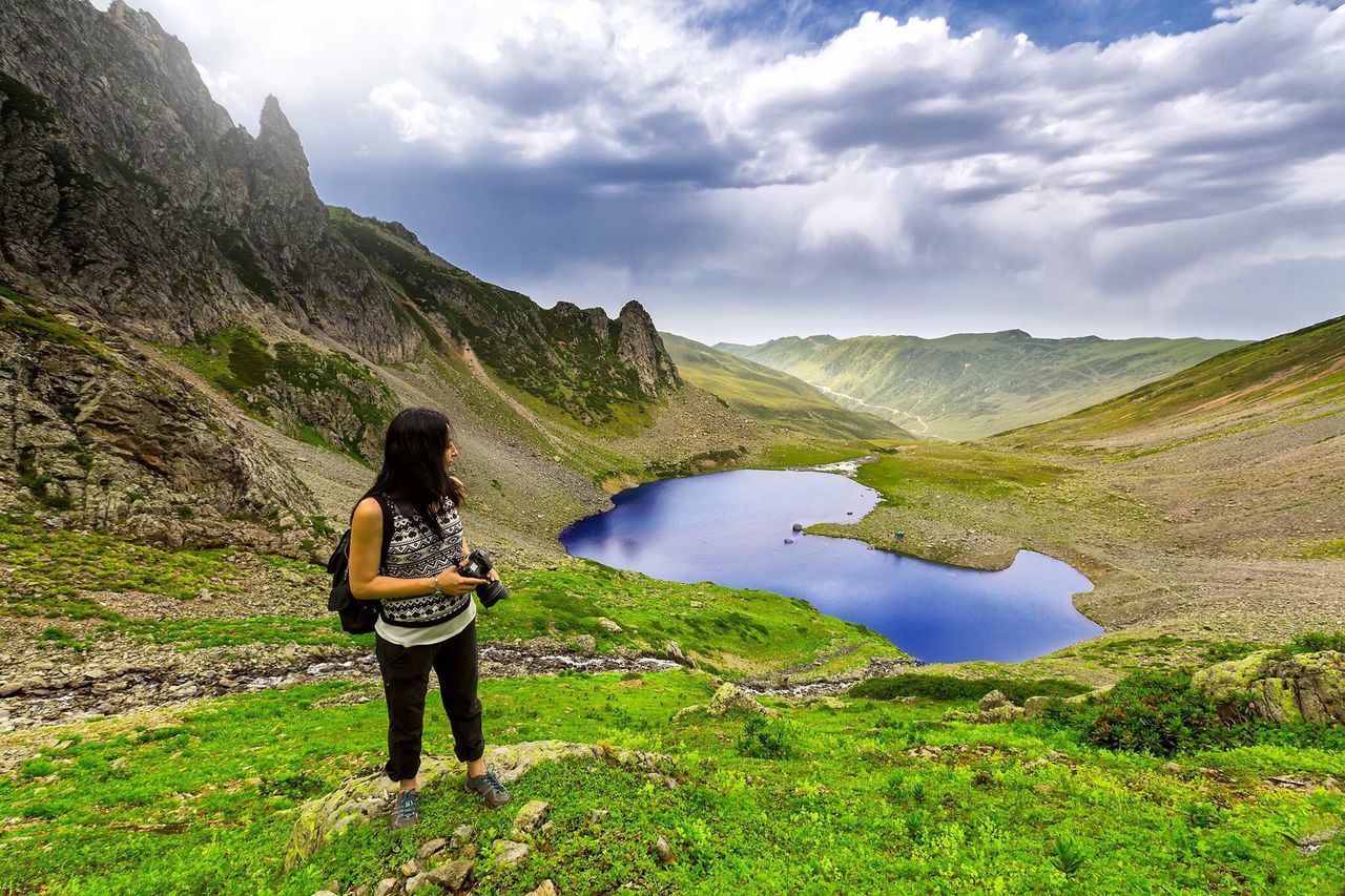 Beautiful stock photos of herz, mountain, real people, leisure activity, beauty in nature