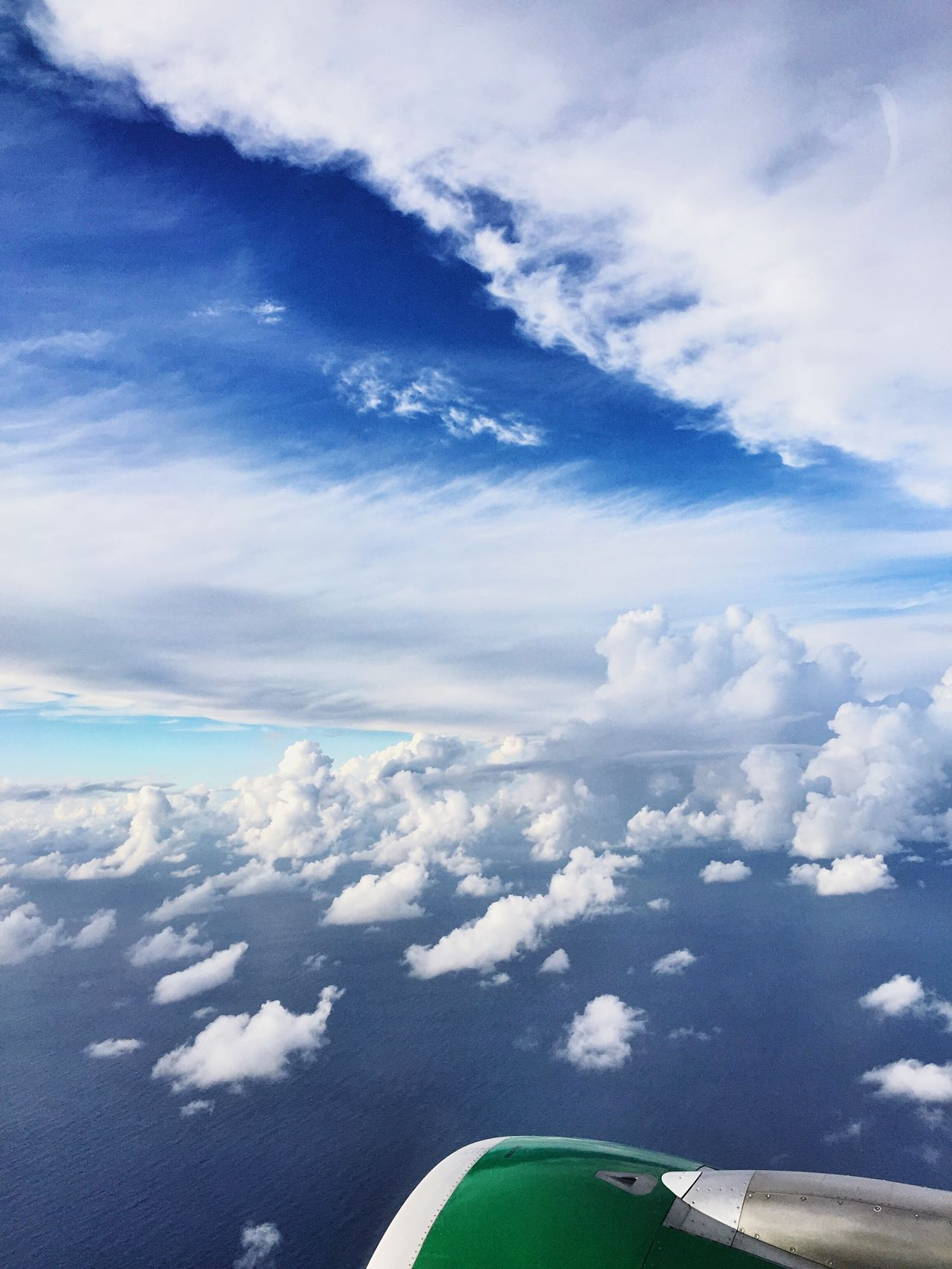Sky Flying Airplane Cloudscape Aerial View Scenics Cloud - Sky Nature Jet Engine Airplane Wing