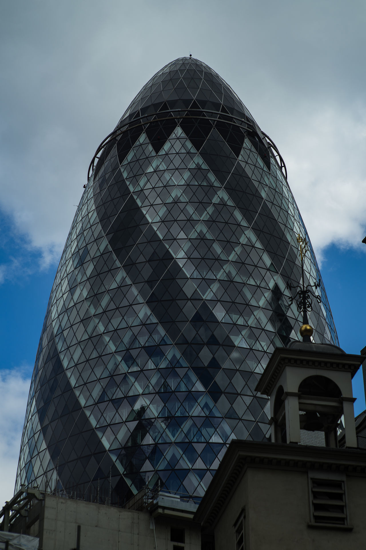 Architecture Building Exterior Built Structure Cloud - Sky Day Gherkin Gherkin Tower London LONDON❤ Low Angle View Neighborhood Map No People Outdoors Sky The Architect - 2017 EyeEm Awards The Street Photographer - 2017 EyeEm Awards Window