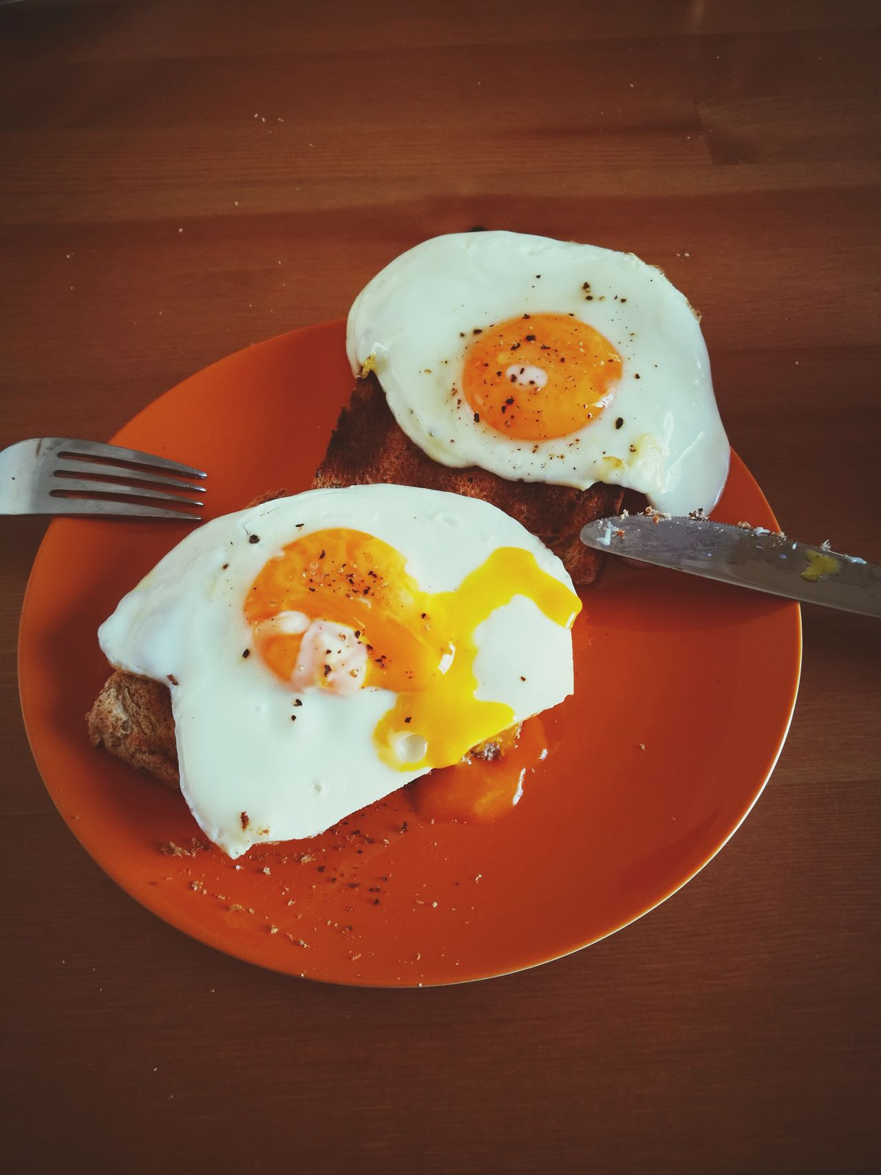 Breakfast Fried Egg Egg Egg Yolk Sunny Side Up Plate Food Ready-to-eat Morning Food And Drink English Breakfast Fried Egg White Toasted Bread Indoors  Bacon No People Table Close-up Freshness