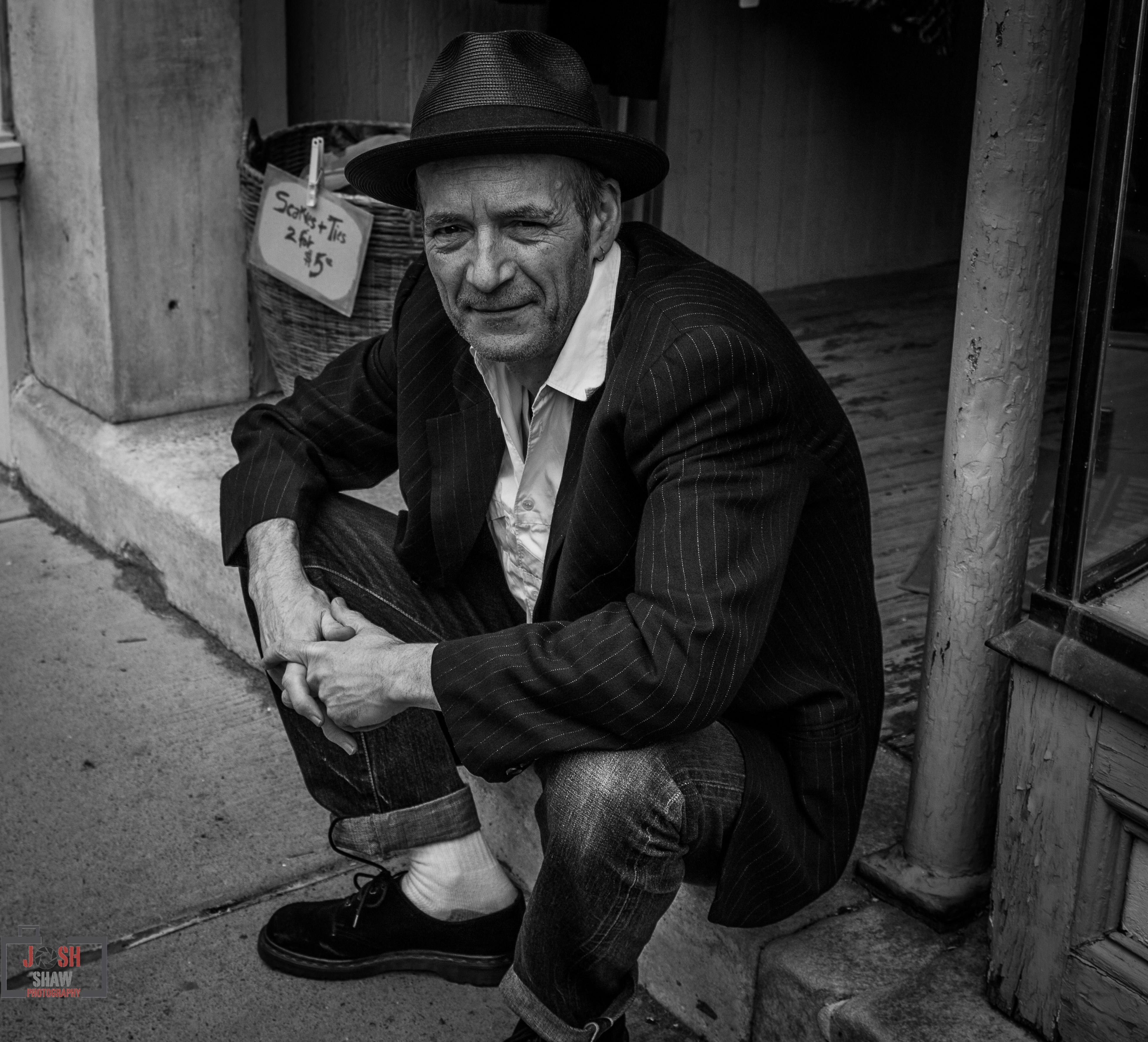 Hudson Blues!📷◼️◻️🌎 Blackandwhite Canon Hudson Portrait Streetphotography Taking Photos