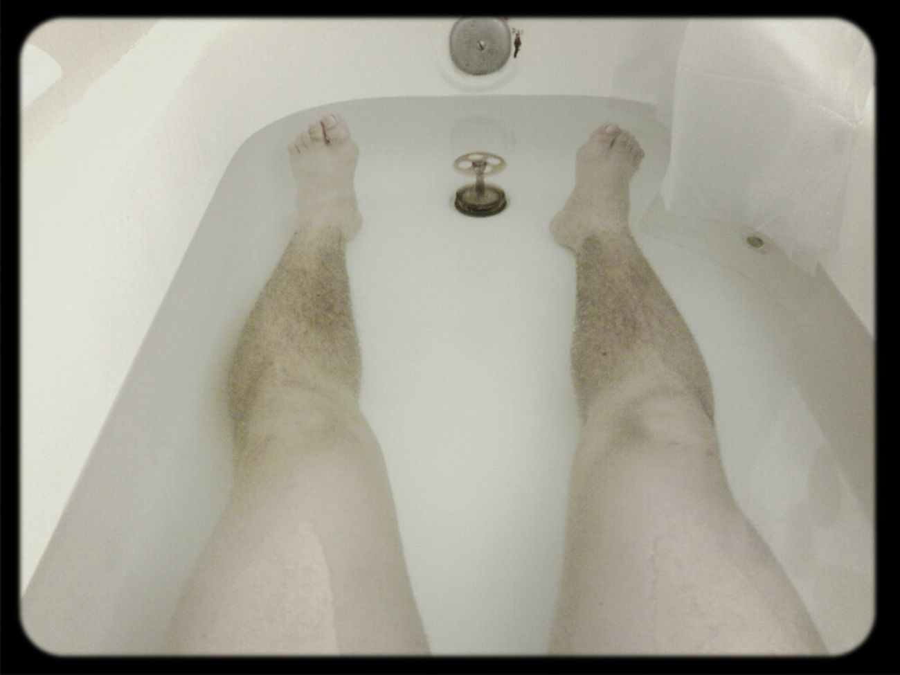 healing my legs everyday #DailyColdBath