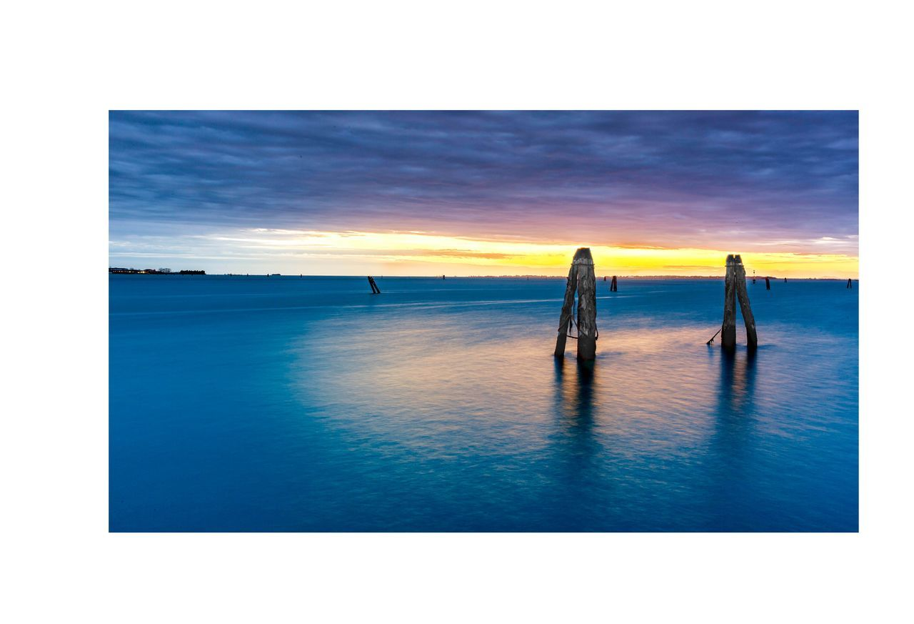 My Year My View Sunset Nature Tranquil Scene Outdoors Horizon Over Water Sky Water Nature Beauty In Nature Long Exposure Scenics Day Civil Hour Ig_venice Cloud - Sky Venice, Italy Blu Sky History City No People Low Angle View Non-urban Scene Golden Hour Manfrotto