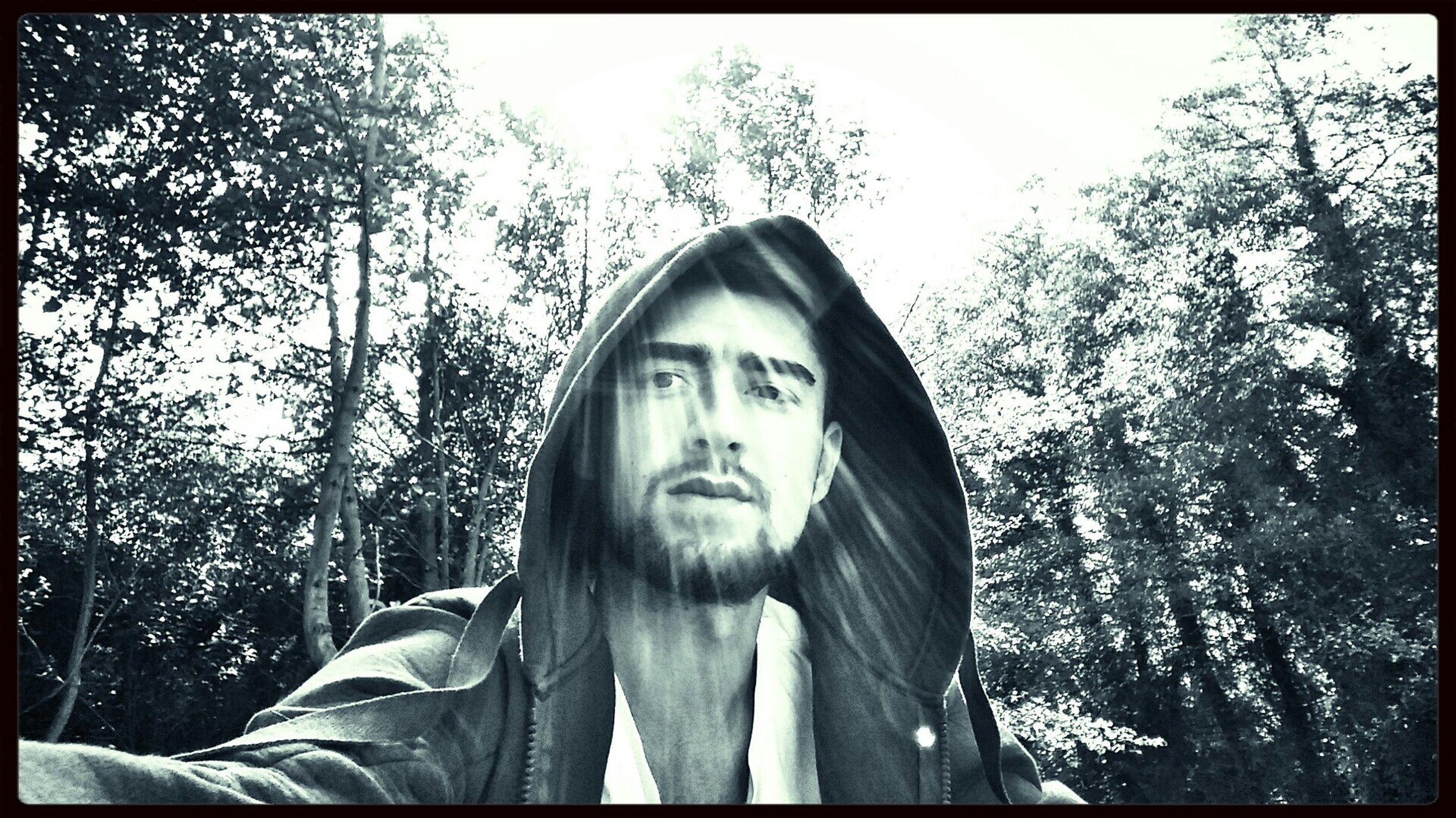 Karanliktan korkmuyorum eskisi gibi senin yuzun hep aydinlik Hi! Black & White Blackandwhite Self Portrait