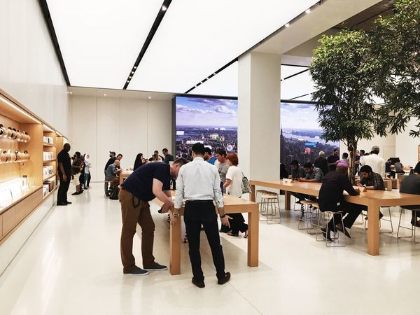 Apple Store, Dubai, UAE Apple Apple Shop Apple Store Apple Store Dubai Architecture Built Structure Day Indoor Photography Indoors  Indoors  IWatch IWatch Apple Large Group Of People Leisure Activity Lifestyles Men Modern Real People Real People Photography Shop Standing Store Stores Table Women