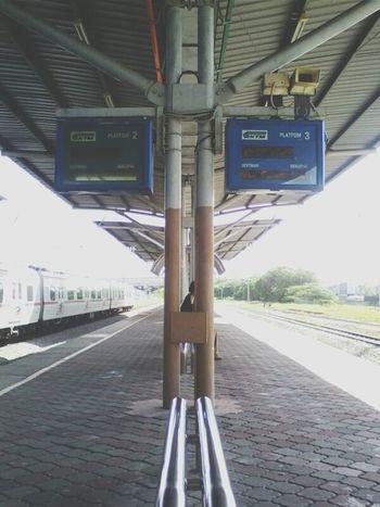 Street Photography Train Station Waiting The Train