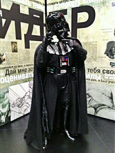 Comiccon2015 ComicConRussia Starwars People Watching Darthvader комик кон Косплей дартвейдер EyeEm Gallery Eye4photography