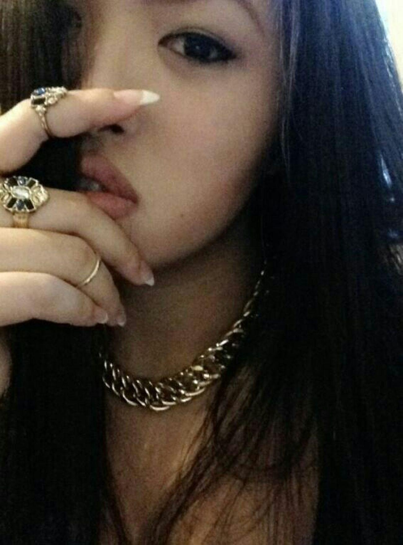 Hello World Picoftheday Lips FollowMyInsta Ootd Nyeiscommin Misshim Instagram Czech Republic Vietnamesegirl