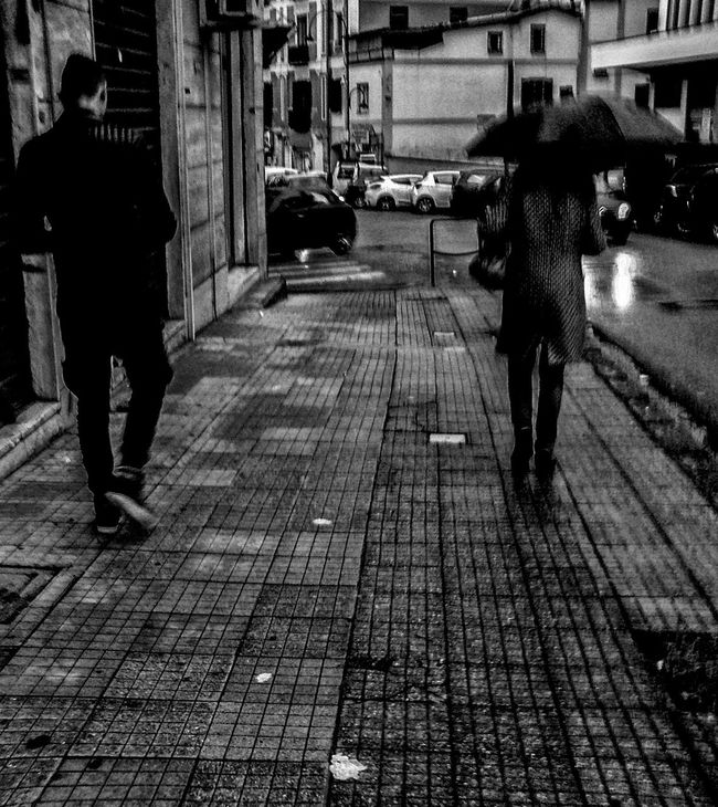 People Streetphotography Street Photography Streetphoto_bw Urbanstrangers Urban City Life Biancoenero Blancoynegro Noir Et Blanc Schwarzweiß Blackandwhite BW_photography Urban_bw