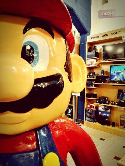 La Leyenda...MarioBros. City Sanbernardo ZonaLibre Night Nintendo Costa Backgrounds Red Top Videogames Play On ♥