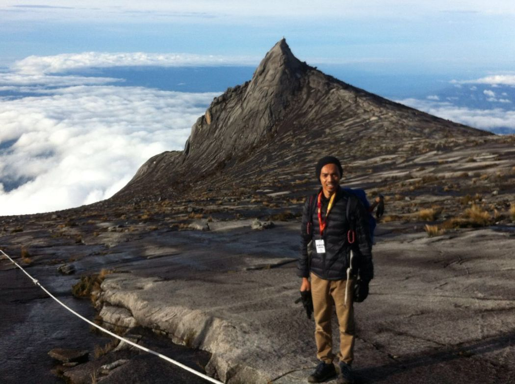 Mountain Leisure Activity Person Tranquil Scene Beauty In Nature Non-urban Scene Vacations Young Adult Cloud - Sky Tourism Tranquility Nature Majestic Day Sky Scenics My Point Of View Outdoors Mountains And Sky Mountains Mountain Kinabalu Kinabalu Mount