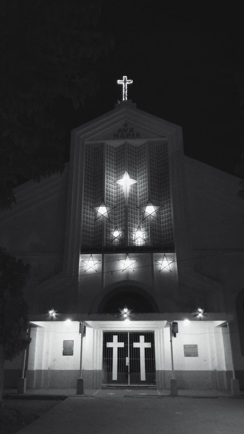 Stars Built Structure Spirituality Religion Architecture Place Of Worship Arts Culture And Entertainment EyeEm Travel Photography Black & White Photography Black And White Collection  Eyeem Philippines Black And White Collection  Culture And Tradition Belief And Faith Place Of Worship The City Light Lines And Patterns EyeemPhilippines Geometric Architecture Travel
