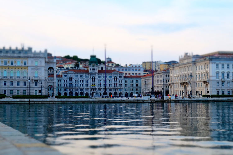 Architecture Building Exterior Built Structure Canal City City Life Cloud - Sky Day In Front Of Nautical Vessel Outdoors Residential District River Selective Focus Sky Square Squareinstapic Tourism Town Townhouse Travel Destinations Trieste TriesteSocial Water Waterfront