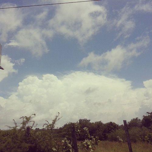 Clouds Scenary Picofrheday Beautifulscenary gooddayCartagenadeindiasColombia