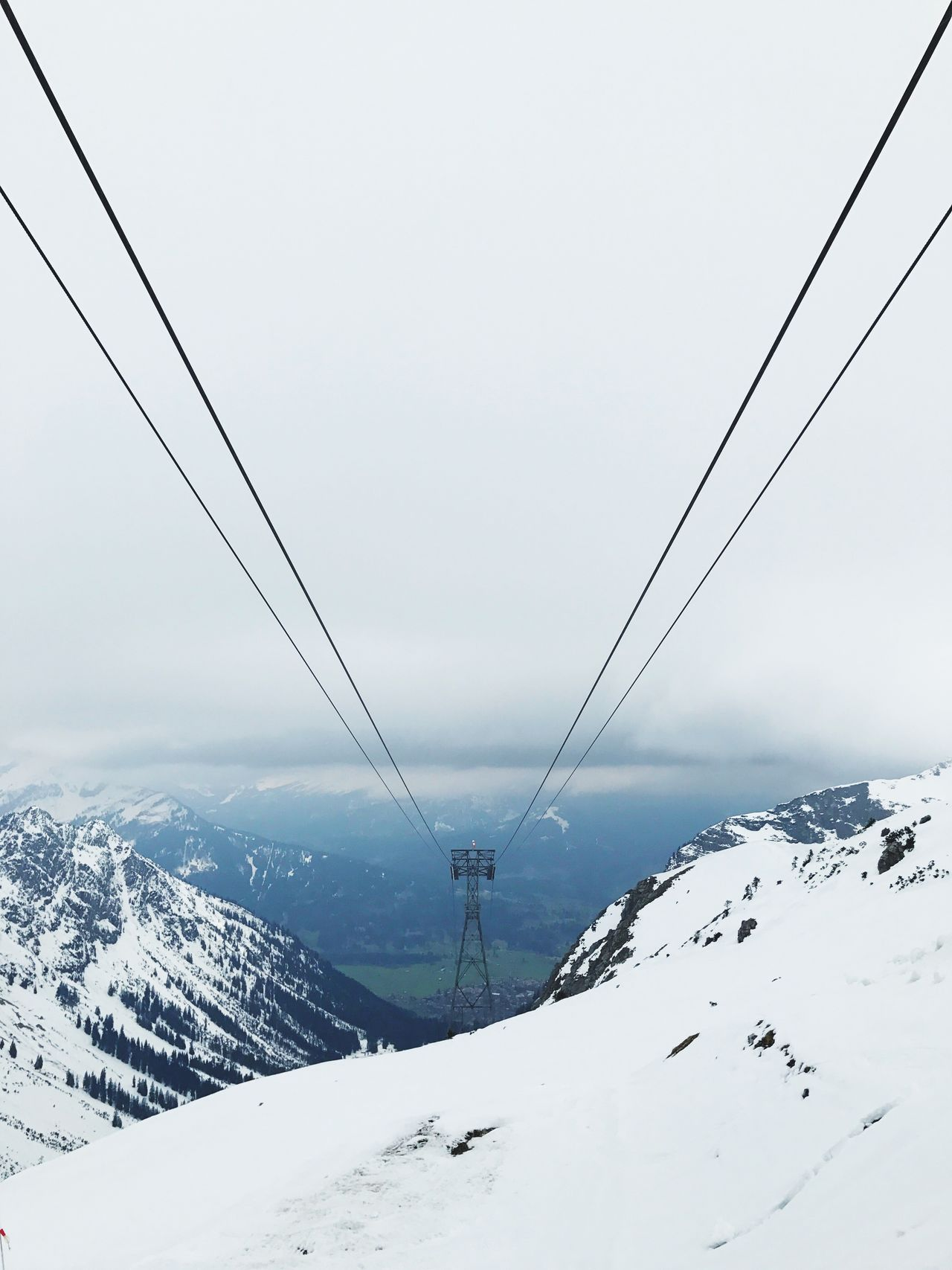 Snow Winter Cold Temperature Cable Weather Connection Mountain Nature Overhead Cable Car No People Outdoors Ski Lift Snowcapped Mountain Scenics Beauty In Nature Day Sky Landscape Clear Sky Nebelhorn The Great Outdoors - 2017 EyeEm Awards