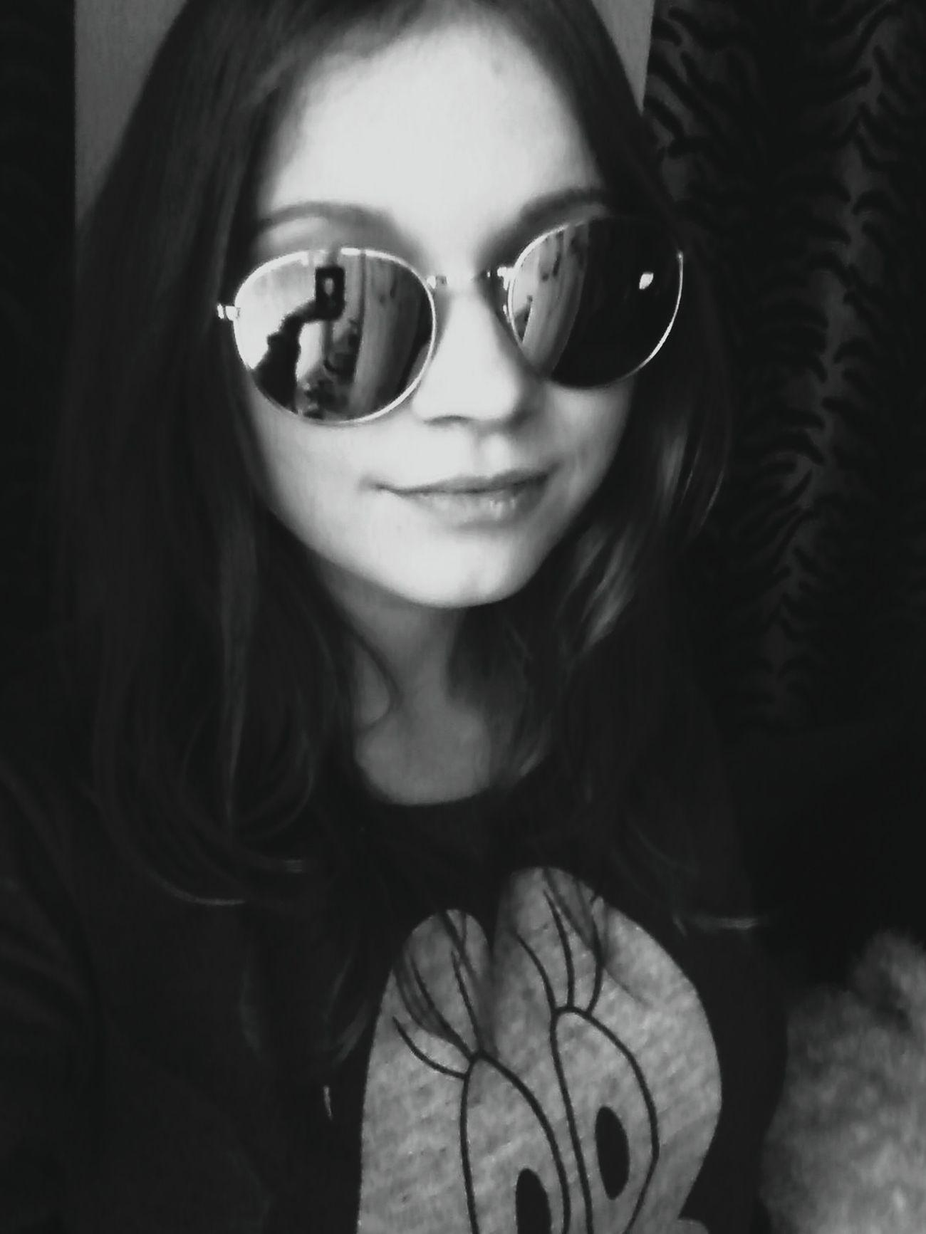 Girl Visaginas Lithuaniagirl Sunglasses Cute Black & White