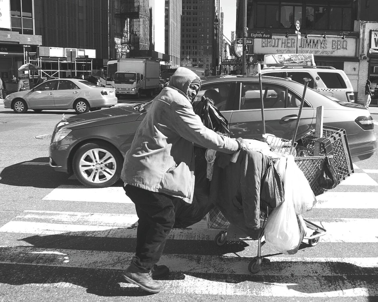 New York Blackandwhite Rich VS Poor Big Apple Hardlife Big City Life Black Man EyeEm City Shots