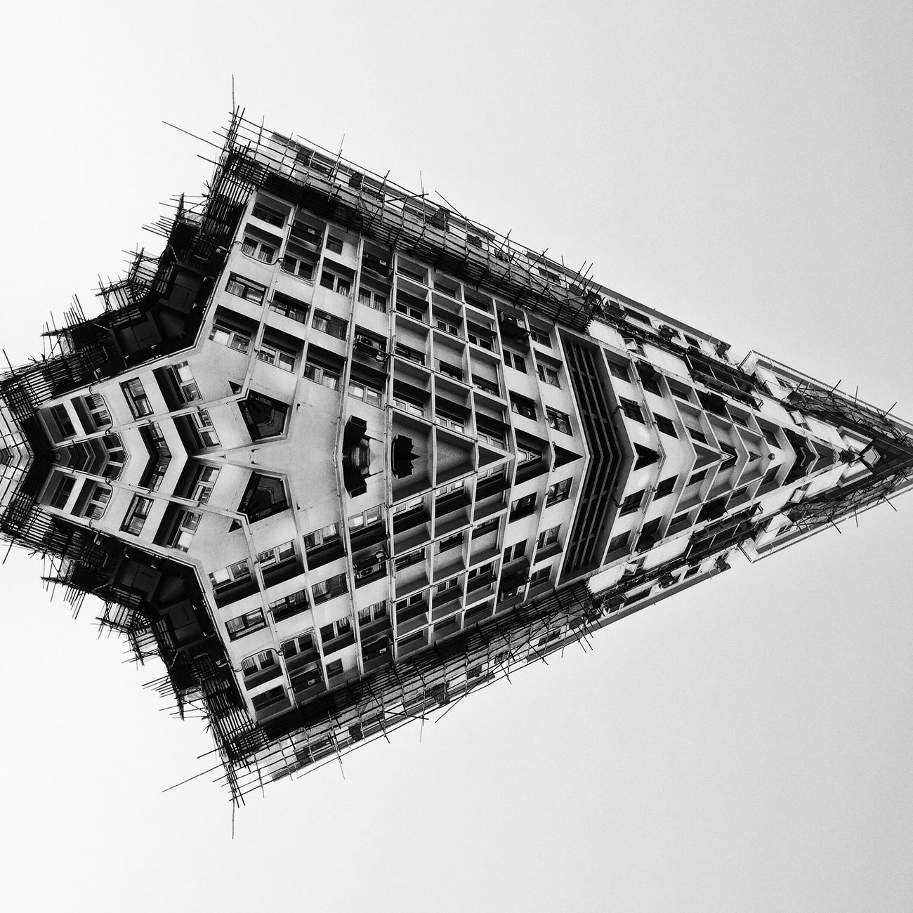 Arrow Double Exposure Doubleexposure Abstractart Abstract Art Abstract Art Artistic Symmetry Symmetrical Symmetryporn Black And White Black & White EyeEm Best Shots - Black + White Blackandwhite Photography Blackandwhite Monochrome Monochromatic Abstractarchitecture Rearchitseries