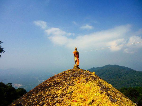 เขาคิชกูฎ จันทบุรี First Eyeem Photo Thailand Sky Yallow Priest Buddha Statue Mountain Mountains And Sky