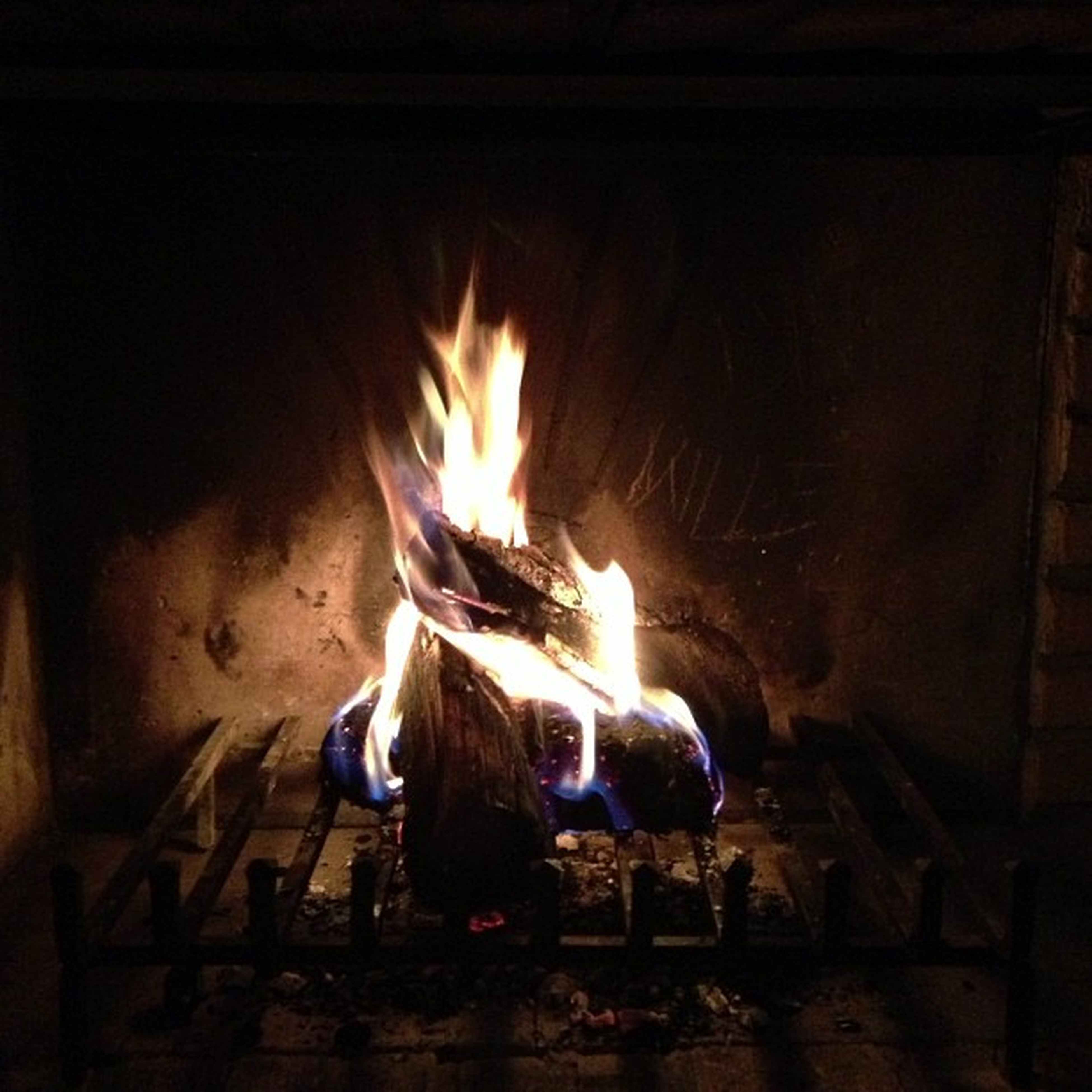 flame, burning, fire - natural phenomenon, heat - temperature, indoors, illuminated, night, glowing, fire, firewood, bonfire, candle, dark, heat, fireplace, light - natural phenomenon, wood - material, lit, campfire, darkroom