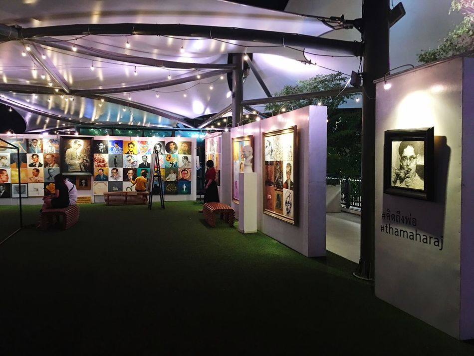 Art Gallery Bangkok Thailand Maharaj Pier Maharaj Miss You King Light Travel Chaophraya River Art Drawing Art Work King Of Thailand Exhibition