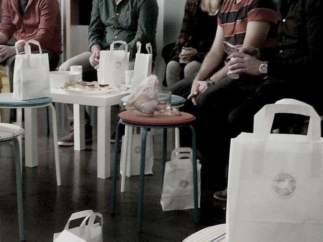 Beim #KreatiFrühstück mit Sascha Wolter über Prototyping: Endlich ein Thema: #bier zapfen und #urinal Nutzung #wii #prost