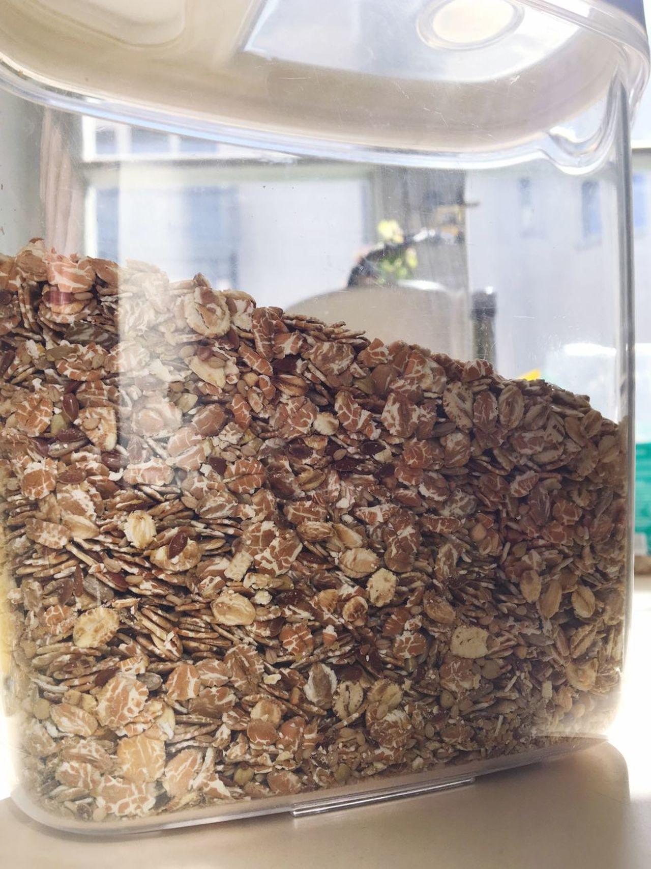 Müsli Breakfast Mixed Grains Cereals Wholegrain Avena Oats Havervlokken Rogge Healthy Breakfast Close-up Colazione Frühstück Gesund Benessere Wellbeing Organic Food