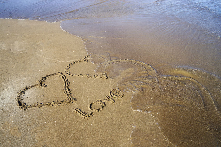 Hearts drawn into the wet sand Amor Amor ♥ Beach Corazón Day Fading Away Fragility Hart Hearts Liefde Love Love Is In The Air Love ♥ Love♥ No People Playa Sand Seashore Strand Wave Wet