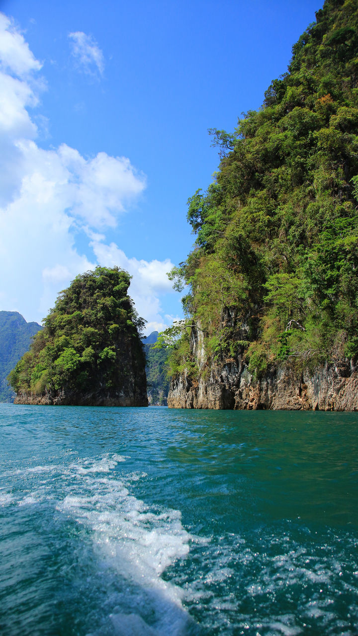 Beauty In Nature Blue Day Mountain Nature No People Outdoors Ratchaprapadam Scenics Sea Sky Suratthani Tranquil Scene Tranquility Tree Water Waterfront Wave