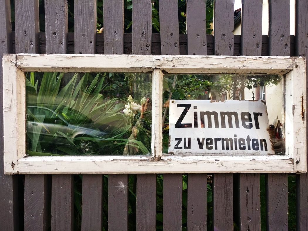 Text Abandoned Places The Week On EyeEm Sign Zimmer Zu Vermieten Roomwithaview No People Communication Renting Room For Rent Miete Renting Space Germany Trip Travel Photography Travelling Gate Still Life Vacation Bed And Breakfast