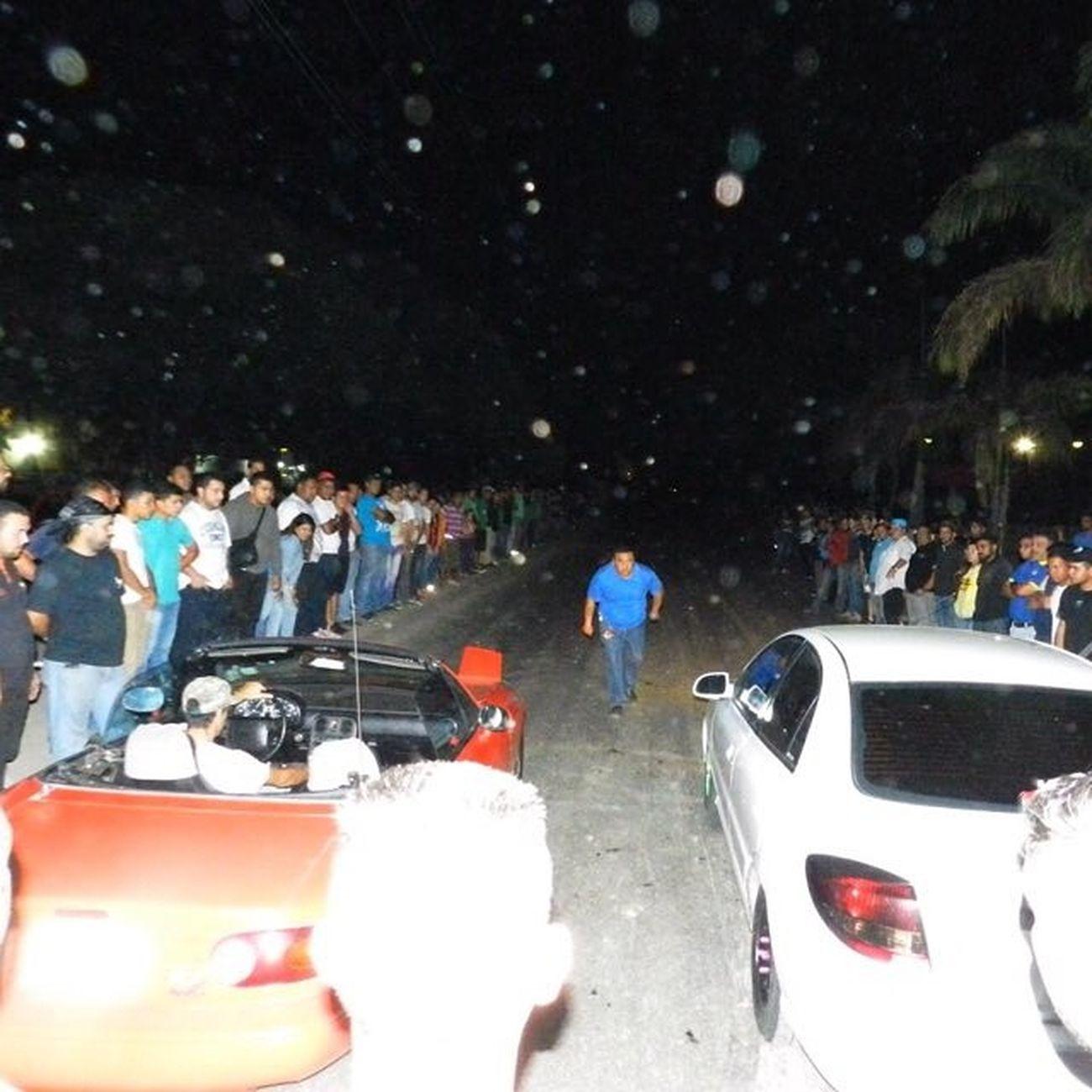 Noche Dragster En La Zona De Combates con @lazcano118 Dragster Night Draglife DragStreet Piques Mazdamiata Kia KiaRio Racing Combat Barquisighetto Venezuela Lara