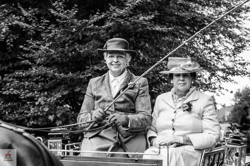 On The Move Canon5dmarkiii Blackandwhite Instahorse Canon Photography Countryside