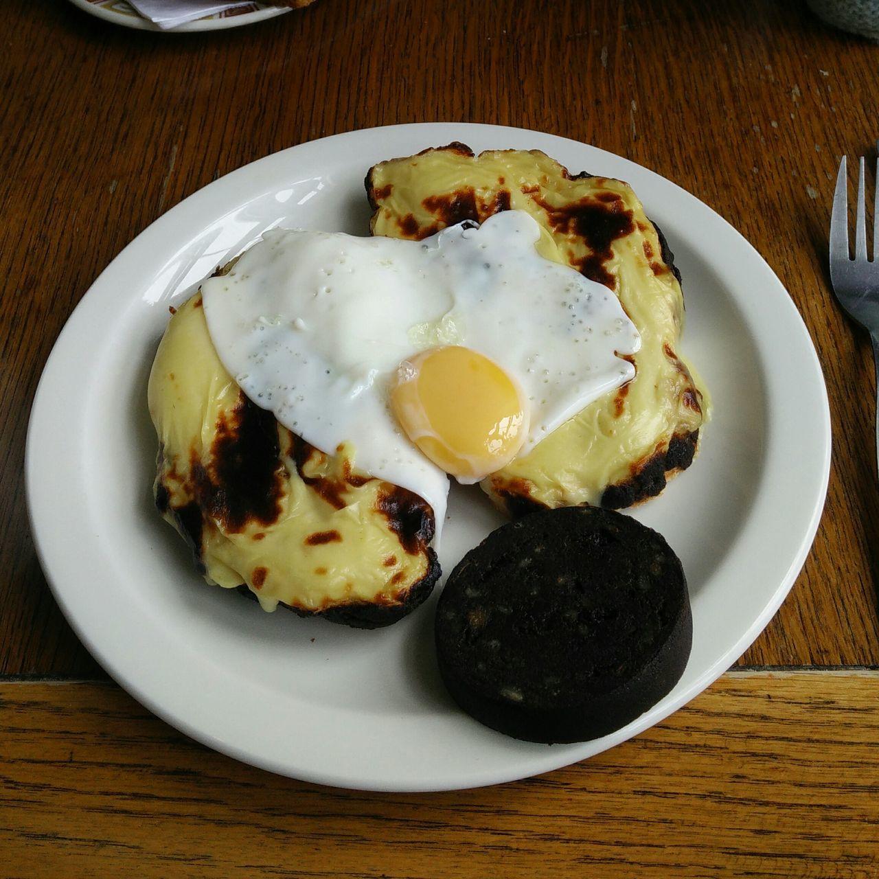 Welsh Rarebit Black Pudding Frühstück
