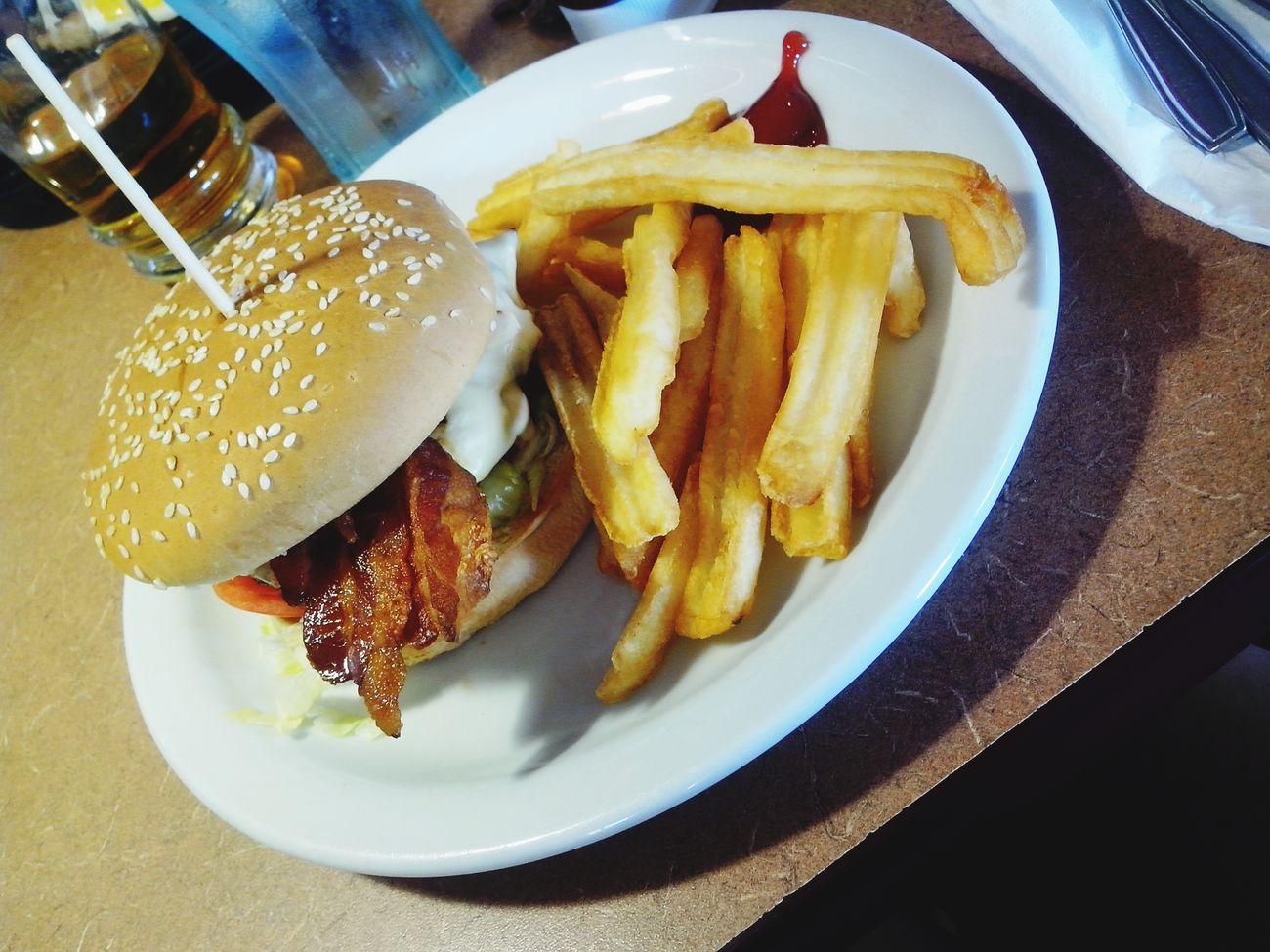 Yummy Yummy Denny's Hamburger Foodporn