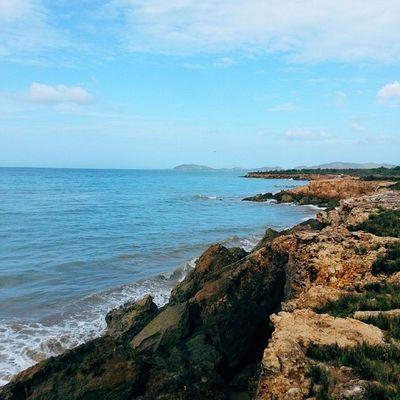 Quien no se puede enamorar de la península si la naturaleza te regala paisajes escondidos como estos? Macanao IslaDeMargarita Venezuela Vscocam Adventureseries January