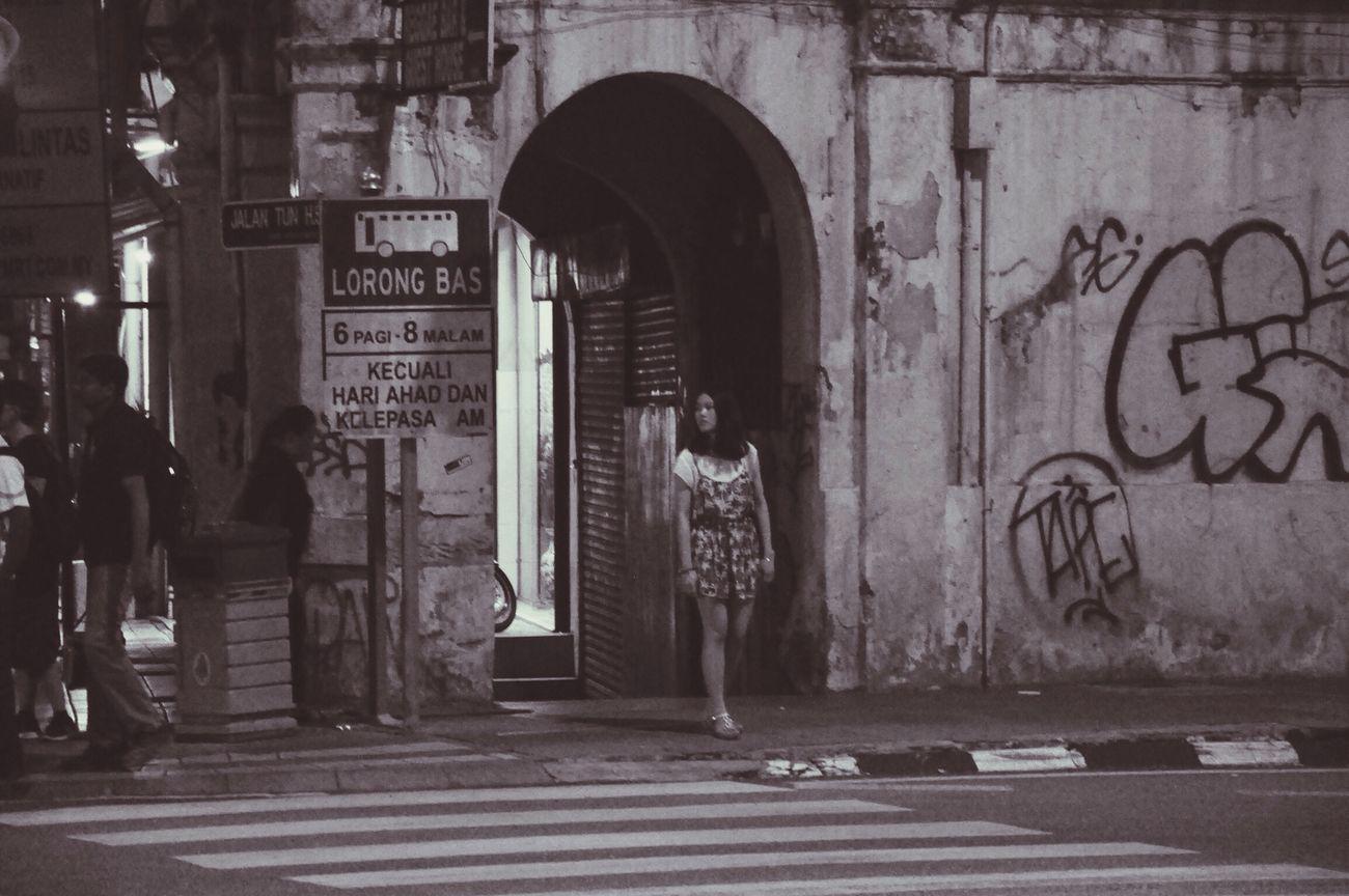 Alone Streetphotography Nikon D90 Blackandwhite