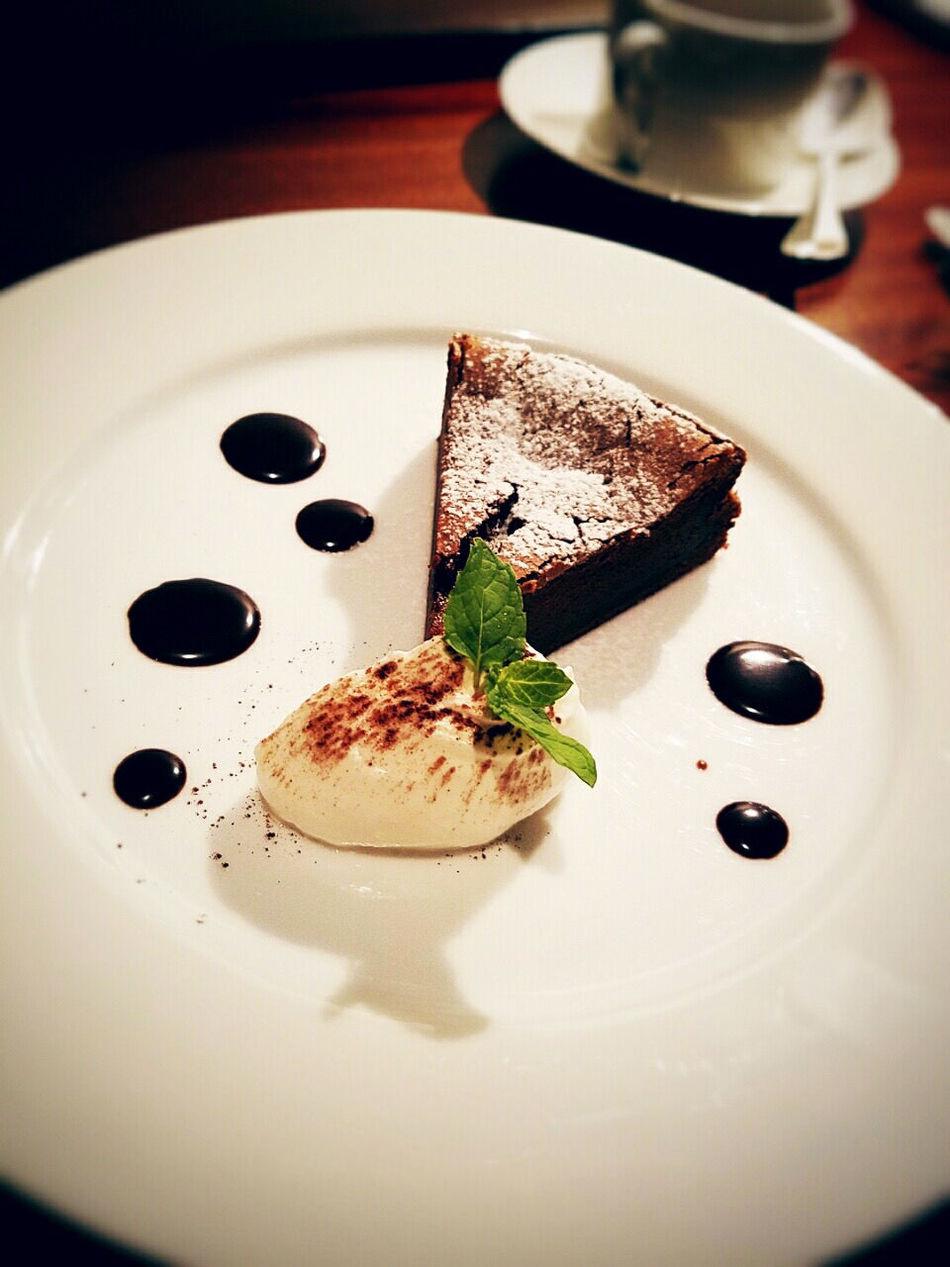 Cafe Cake Chocolate Cream Dessert Food Food And Drink Gateau Chocolat Grand Hyatt Japan Plate Restaurant Sweet Tokyo ガトーショコラ グランドハイアット ケーキ 2016