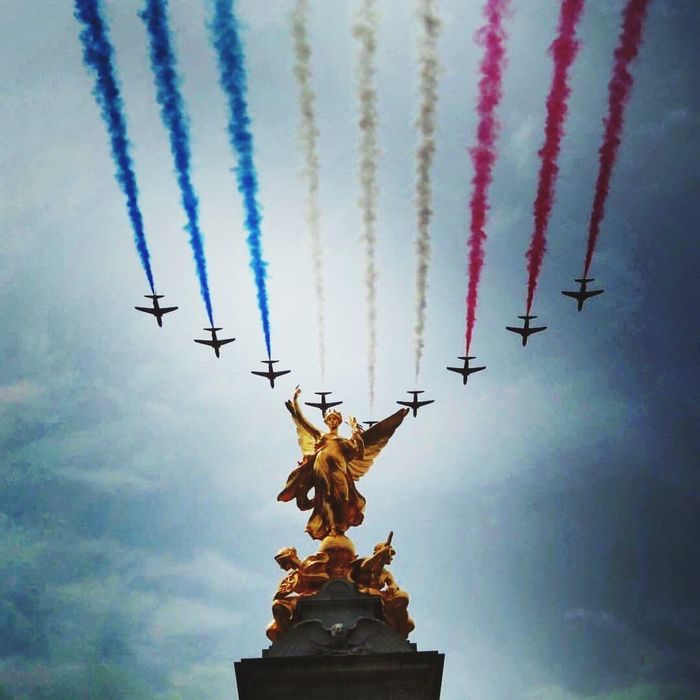 RedArrows, British Airplane , Low Angle View No People Cloud - Sky Outdoors RAF, Statue, London, UK, TroopingTheColour, EyeEmNewHere