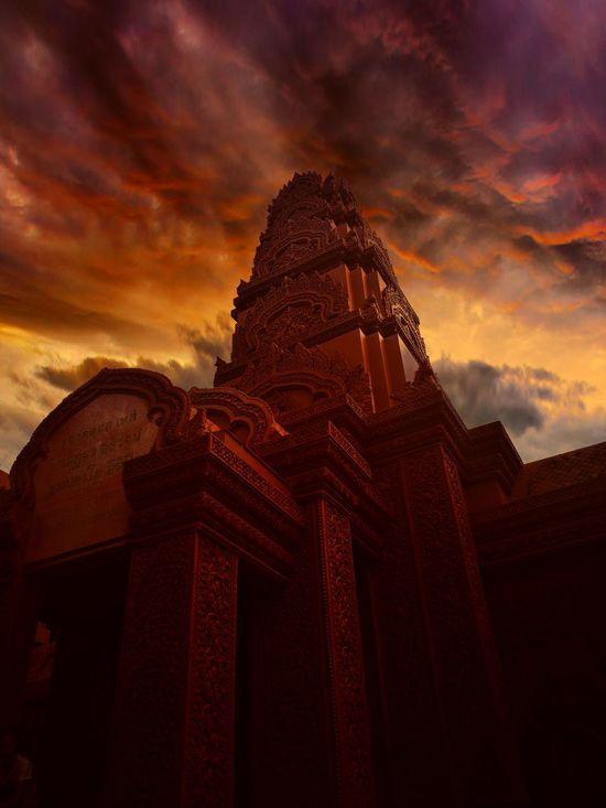 Wat Tham Pu Wa Sunset Dark Art Night Dusk Sky In Thailand Amazing Architecture