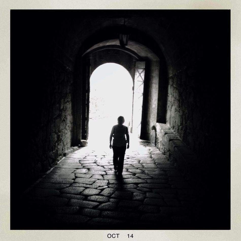 Walking Around The City  NEM Black&white Shadows & Lights in Valença ( Portugal ).