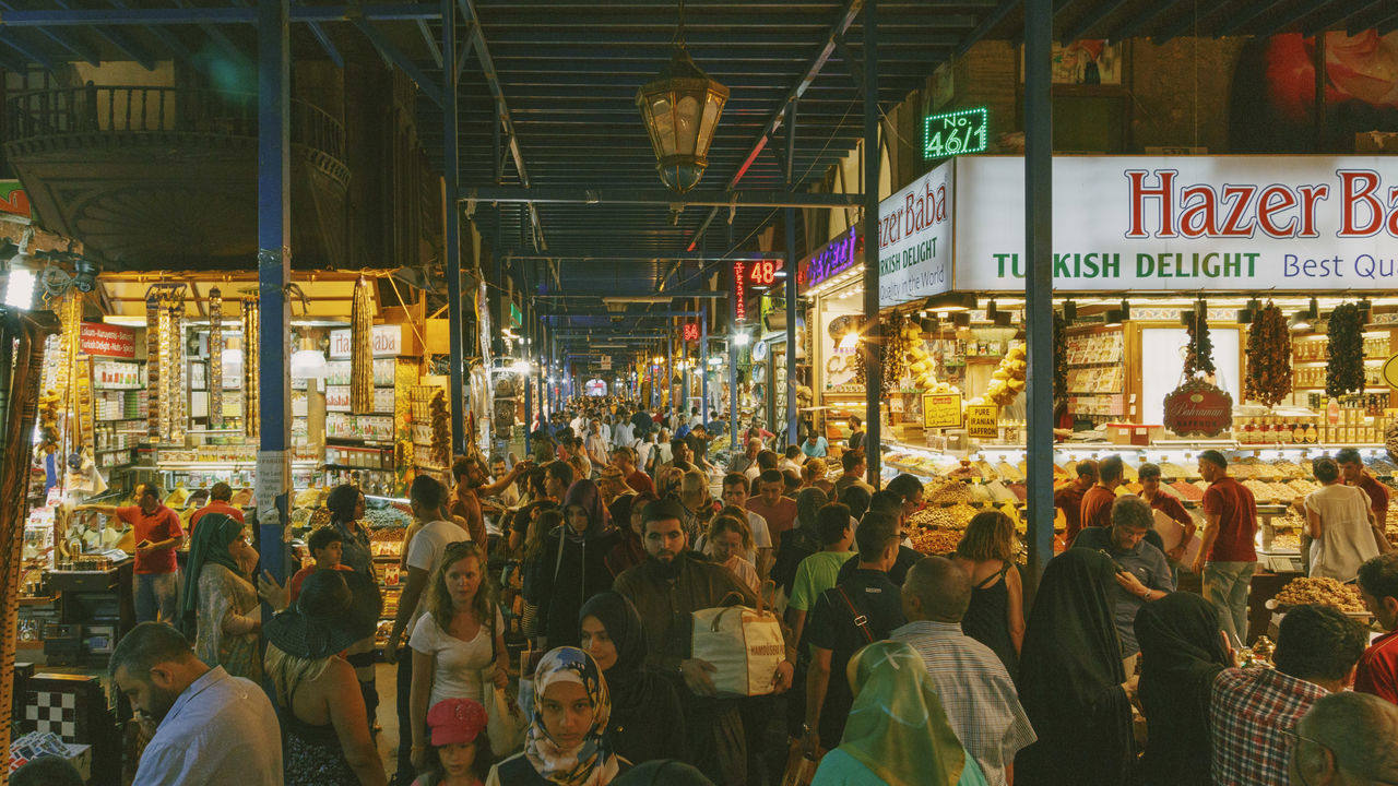 Beautiful stock photos of istanbul, Bazaar, Crowd, Famous Place, For Sale