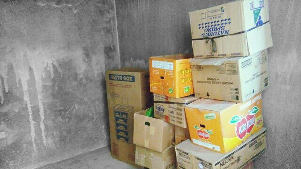 cardboard box, box - container, no people, indoors, day, industry, close-up