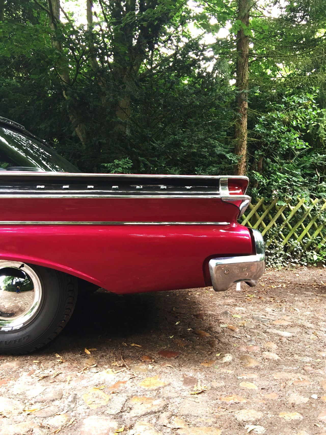 Car Classic Car US Cars Ford Ford Mercury Showcase July Red The Drive Oldtimer Green Hedge Parking Lieblingsteil