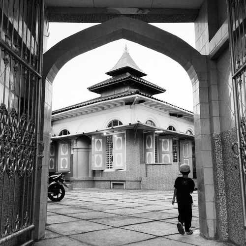 Go To The Mosque For Prayer The Photojournalist - 2015 EyeEm Awards The Moment - 2015 EyeEm Awards The Street Photographer - 2015 EyeEm Awards The Great Outdoors - 2015 EyeEm Awards
