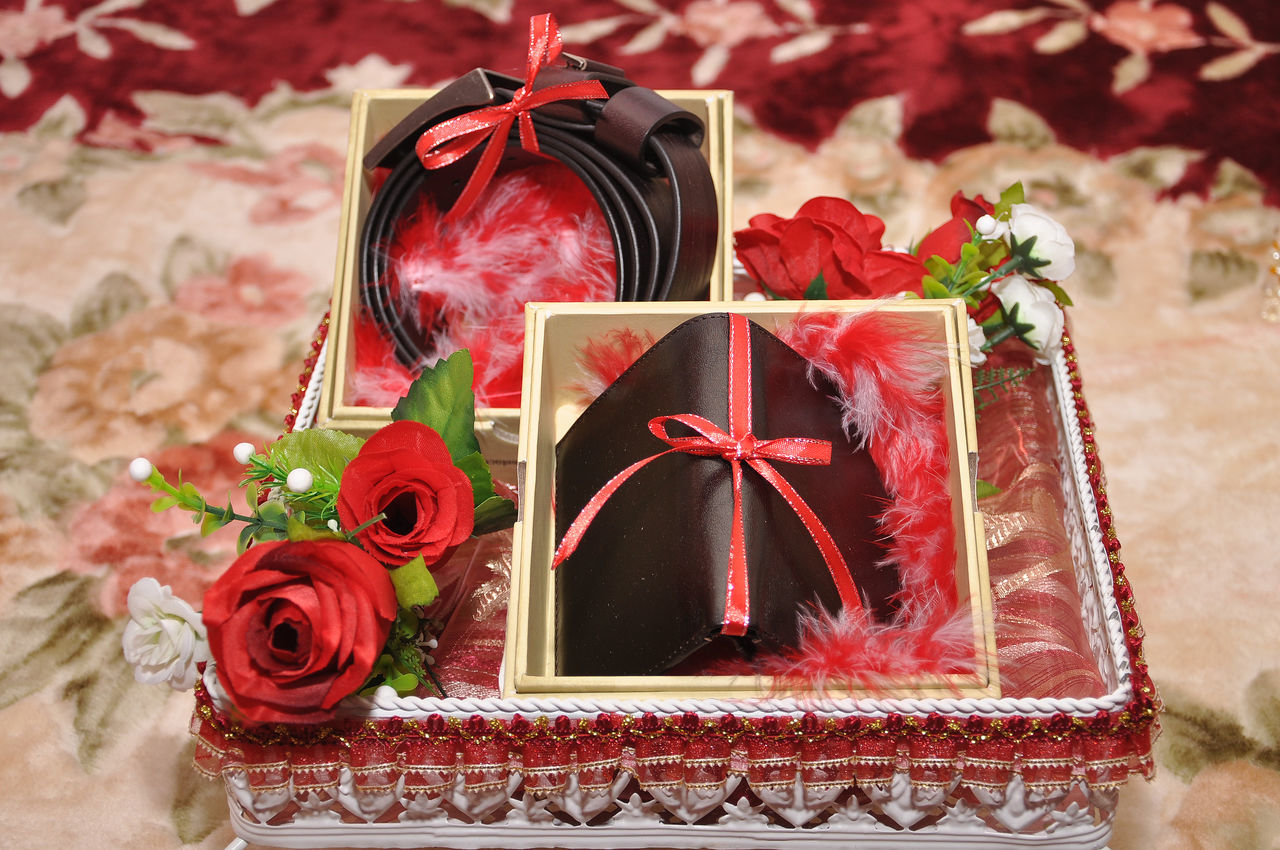 malay wedding dowry Beautiful Clothes Decorate Dowry Gift Malay Malay Wedding Dowry Shoes Valuable