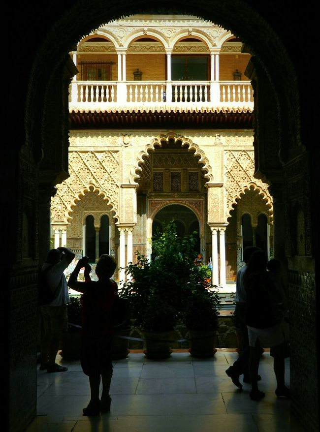 Realesalcazares Sevilla Andalucía SPAIN Historical Monuments Palace Historical Place Spain ✈️🇪🇸 Shadows Backlight