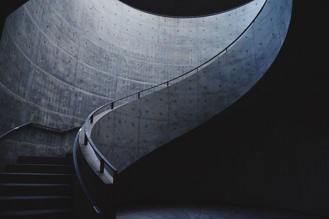 兵庫県立美術館 階段 Light To Come In EyeEm Nature Lover City Life Beauty In Nature EyeEm Japan EyeEm Best Shots 写真で伝えたい Japan Photography EyeEmBestEdits Stairs Stairs_collection